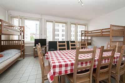 appartement city12 esstisch etagenbetten