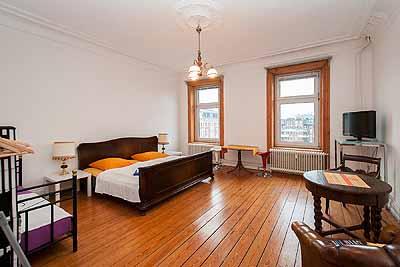 doppelzimmer hansa1 hansaplatz raumansicht gross hell