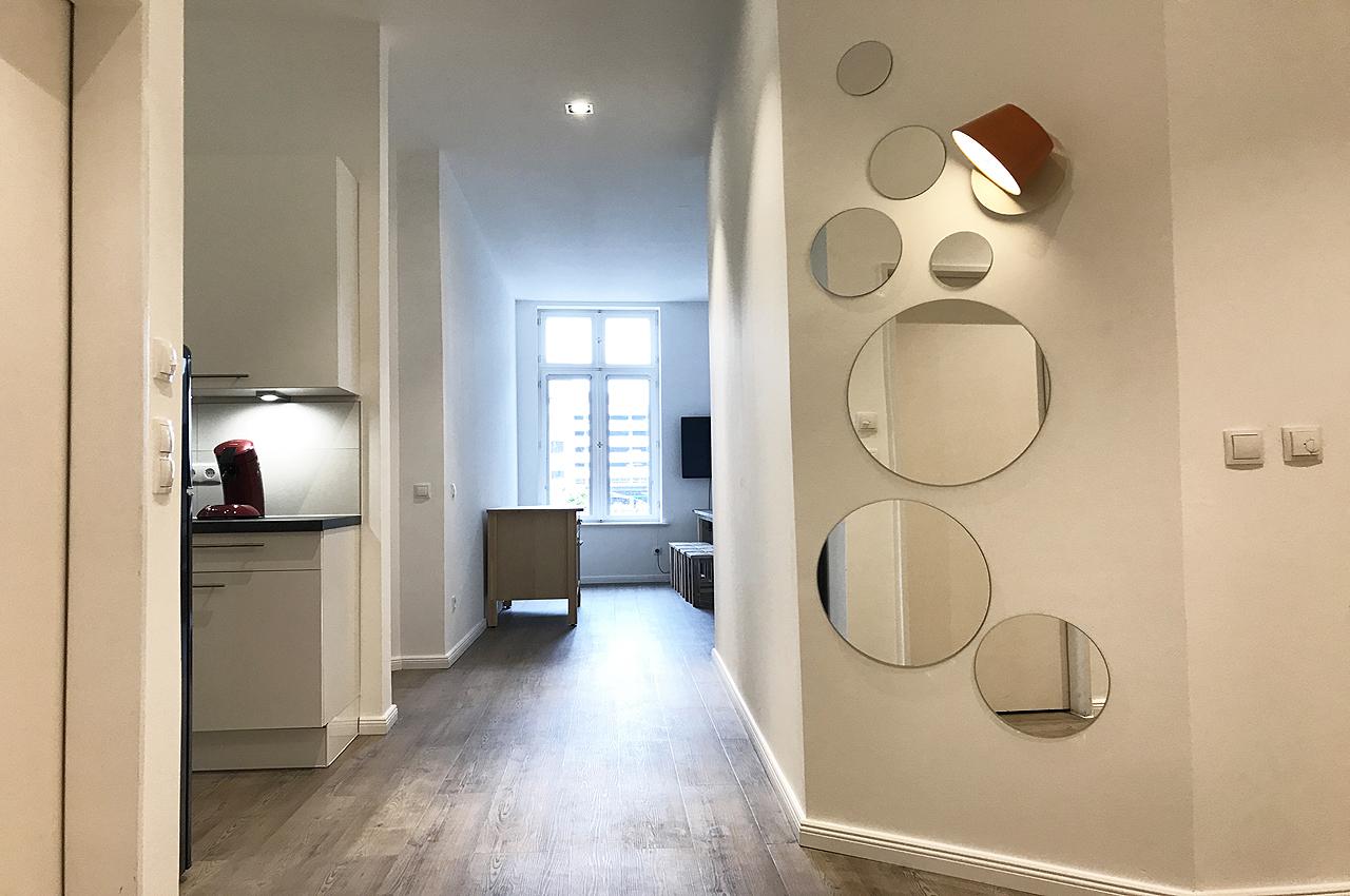 appartement 8erdeck flurbereich spiegel