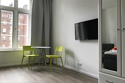 appartement 8erdeck zimmer bistrostisch stuehle